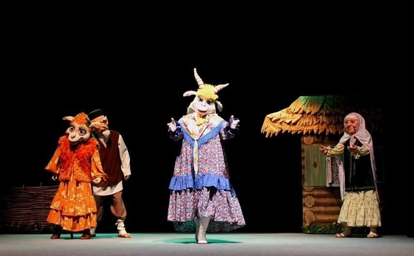 кукольный театр Экият. сценка