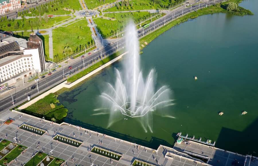 Набережная с «поющими» фонтанами