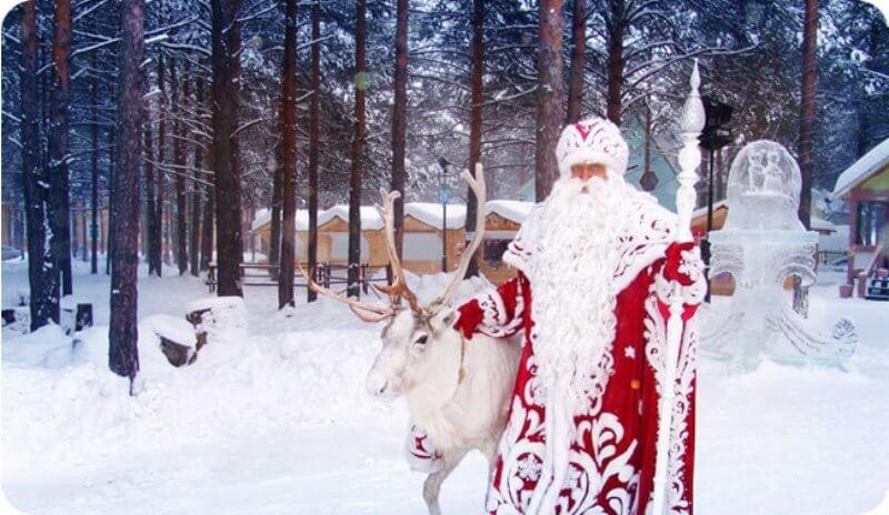 Дед Мороз в резиденции в Великом Устюге