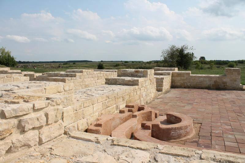 руины бани