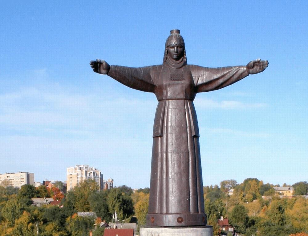 Памятник Матери