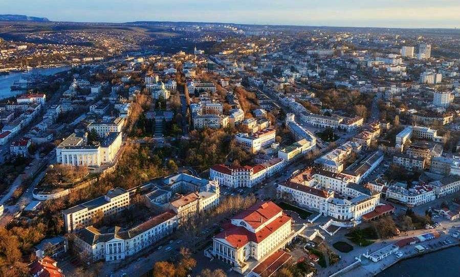 Вид сверху на город