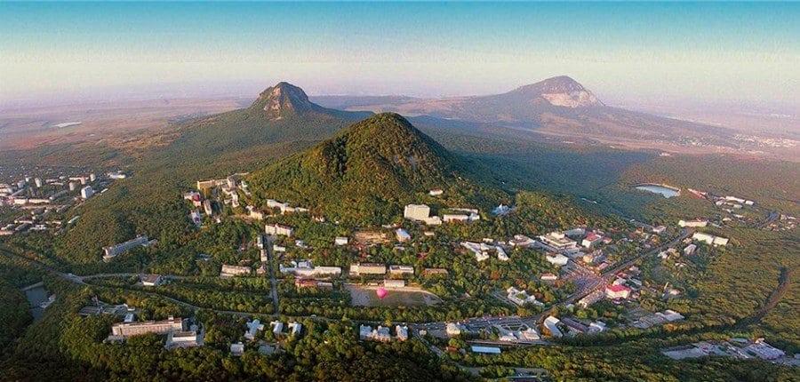 кавказские горы, вид сверху
