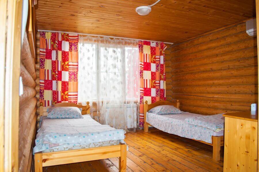 деревянные шале в Свияжских холмах