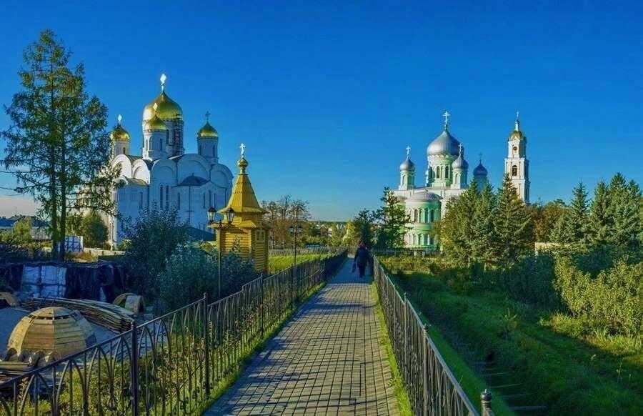мостик в монастырь