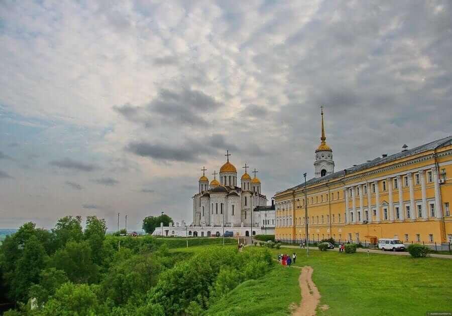 Владимир – восхитительная архитектура зданий